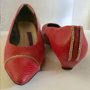 Susan Bennis Red Shoes 8 1/2 B fit 7 1/2